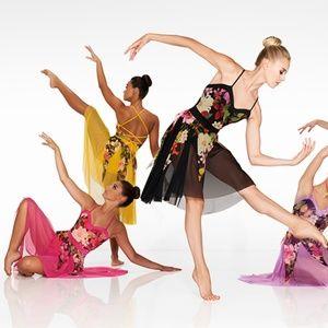 NEW-Kelle Dance Costume